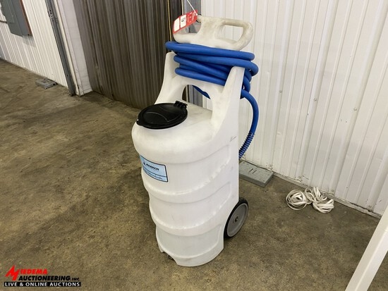 PORTABLE FOAM MACHINE, POLY TANK WITH HOSE