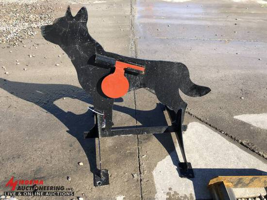 3/8'' AR500 STEEL COYOTE SHOOTING TARGET WITH HEART FLAPPER