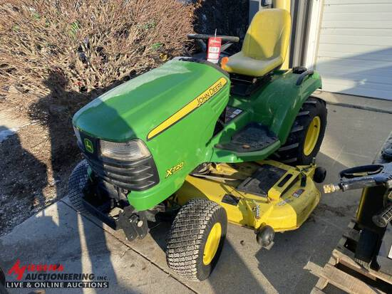 JOHN DEERE X720 RIDING LAWN TRACTOR, 62'' DECK, HOUR METER READS 90 HOURS, OWNER SAID THE 3RD NUMBER