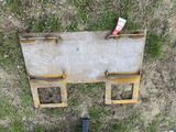 SKIDSTEER PLATE WITH GUARD