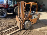 CLARK FORKLIFT, 2-STAGE MAST, GAS ENGINE, 1602 HOURS SHOWING, 4000LBS CAPACITY, S/N: 0500Y556962823,