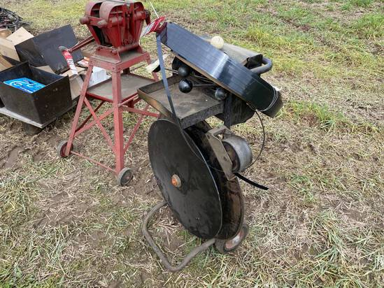 BANDING CART WITH TOOLS & PLASTIC BANDING