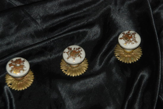 Porcelain/Brass Drawer Pulls