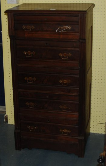 5 Drawer East Lake Chest