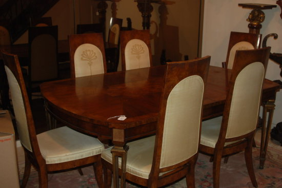 Mastercraft Dining table with 6 chairs