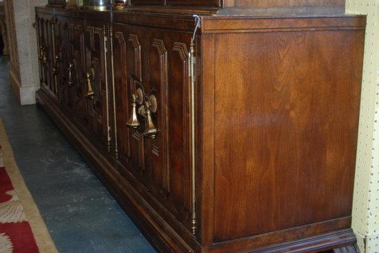 Mastercraft Sideboard cabinet
