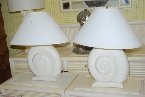 Pair Lamps Shell White