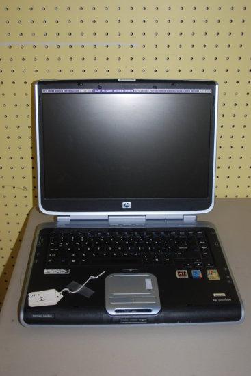 HP Pavillion ZV5227WM Windows XP (No Power Cord)
