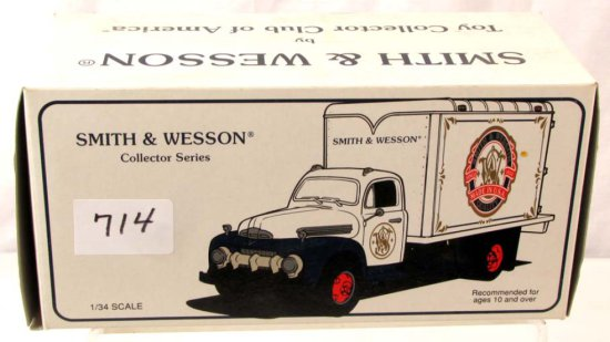 Smith & Wesson Collector Series; Die Cast; 1951 Ford Dry Goods Van; 10-1325; First Gear