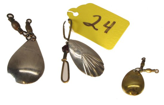 2 Fishing Spoons, 9602, 9612 & 1/0 Brass 4401(?), Winchester