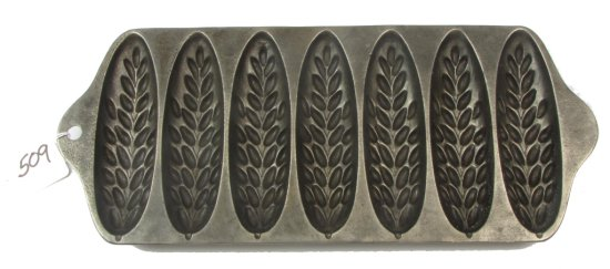 No. 1270 (wheat Stick Pan); Puritan (made By Griswold); Pn. 1513