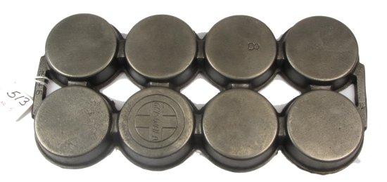 #8 Muffin Pan; Griswold Logo On Back; Pn 946; Var. 5