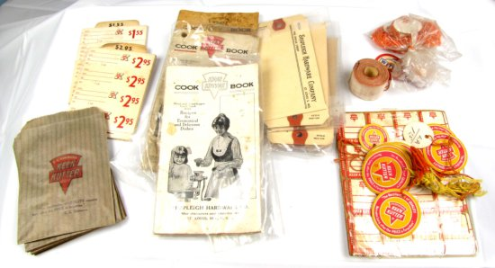 Lg. Lot Of Assorted Keen Kutter String Tags; 10 Sm. Ecs Kk Paper Store Sacks (for Screws; Nails; Nut