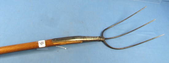Hay Fork; Wb304; Bent Hndl.; Winchester