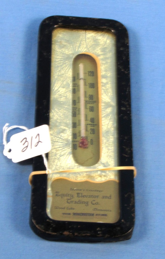 Lot: Wall Thermometer