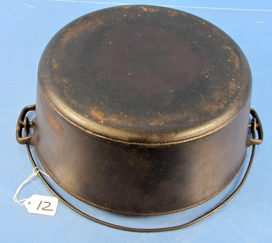 "#10 Dutch Oven ""erie"" P/n 835 10"