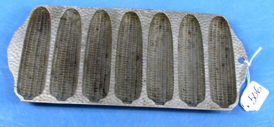 No. 273 Hammered; Griswold Crispy Corn Stick Pan; Epu; Chrome; P/n 2073
