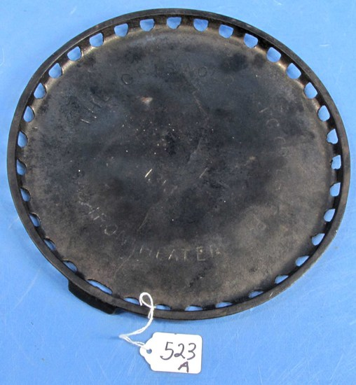 Classic Sad Iron Heater; Round; Griswold; P/n 1313