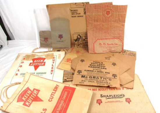 Lot Of Shapleigh's Keen Kutter Paper Items: Sacks; Box & Several Sheets Of Brown Paper W/ Store Adv.