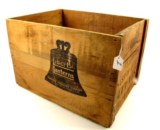 Liberty Lantern Shipping Box; Simmons Hardware Co. 201/2in X 15in X 13 3/8in