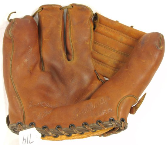 Baseball Fielder's Glove; Belknap; D-255fp; 'the Magnet'