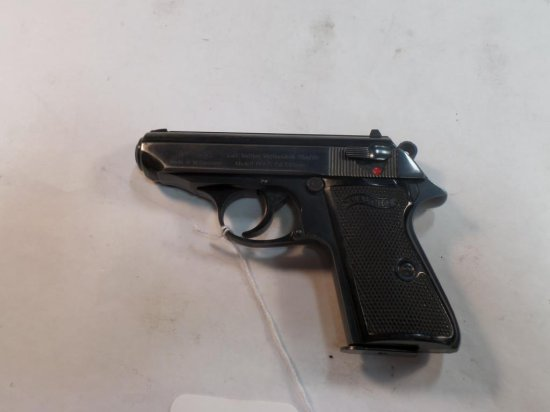 WALTHER PPK/S Pistol 380 SN:  256026S w/mag, fair