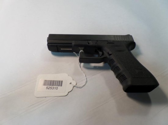 Glock 22 Pistol .40 SN:  G110483 Police Trade In,