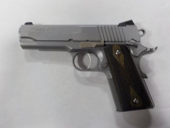 SIG SAUER 1911 PISTOL .45 s/n GS77473 2 MAGS