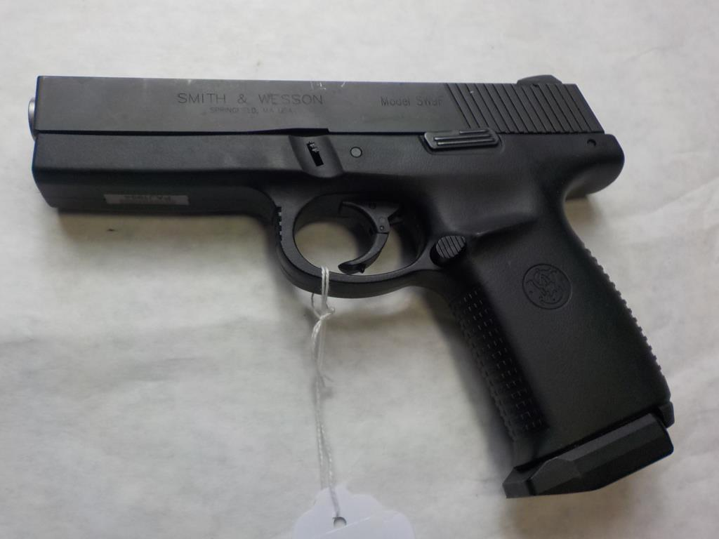 S&W SW9F PISTOL 9MM SN:  PAJ1994 W/ MAG, AVERAGE