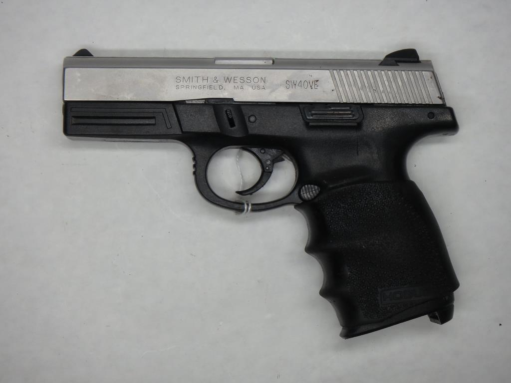 S&W SW40VE PISTOL 40 SN:  RBE1460 NO MAG, FAIR