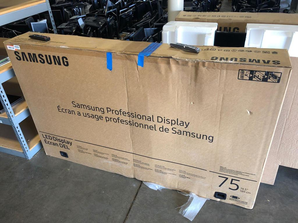 """Samsung DM75E 75"""" flat screen TV"""