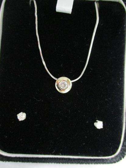 14K White Gold Necklace w/1 Round Cut Diamond,