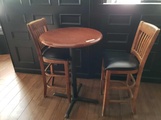 Cocktail Table and Chairs
