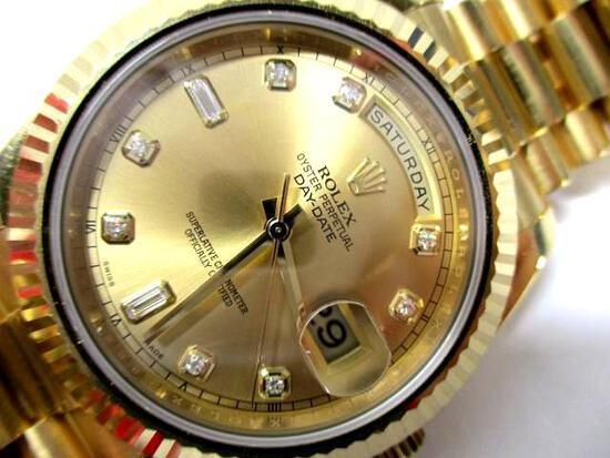 Men's Rolex - 18k Yellow Gold Day-Date . Model # 218238