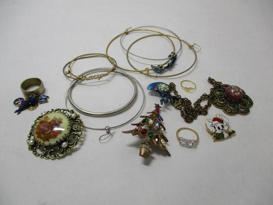 Assorted Jewelry