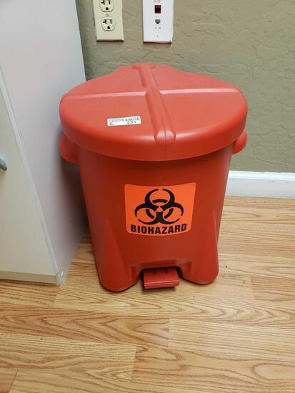 Plastic Bio Bucket