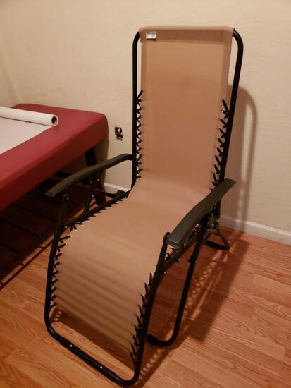Folding Lounge Chair and Table