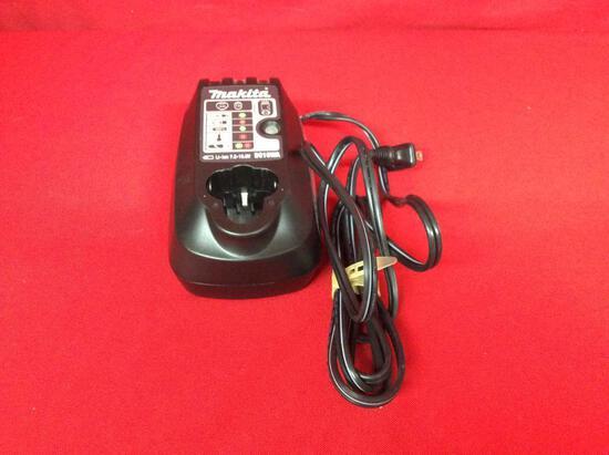 (1 qty) Battery charger (Makita) (DC10WA) (sn) 0711508