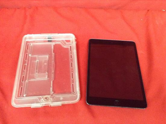 (1 qty) iPad with case (model: A1432) (sn) F7PNIAS2FP84 (unlocked)
