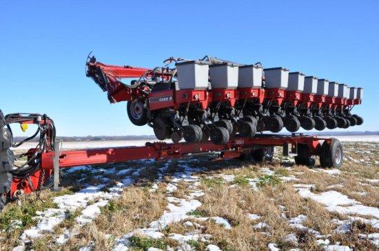 Case-IH 1200 12/23 split-row planter