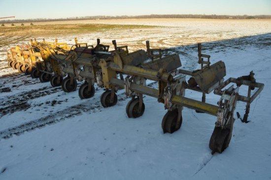 """Buffalo 12 row 30"""" cultivator"""