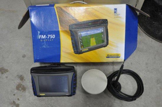 Trimble FM-750 monitor w/ Trim    Auctions Online   Proxibid