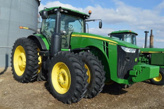 13 JD 8285R MFWD tractor