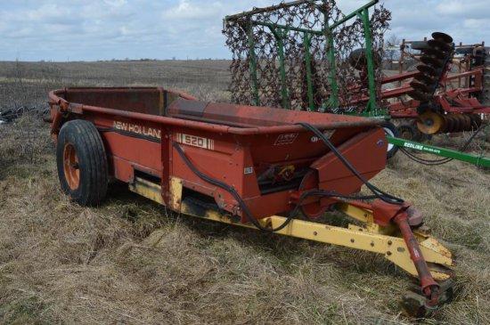 NH 520 manure spreader