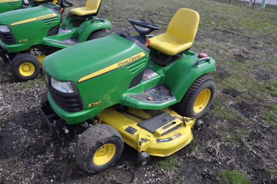 JD X740 Ultimate riding mower