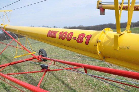 14 Westfield MK 100-81 swing away auger, hyd  Lift  | Farm