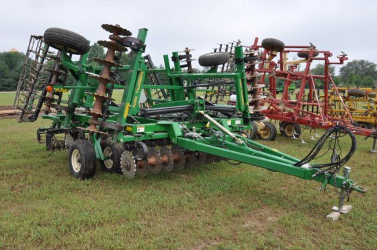 Great Plains 22' Turbo Till 2200 tillage tool
