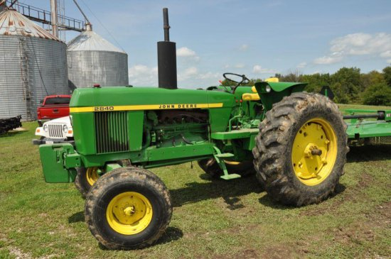 '78 JD 2840 tractor