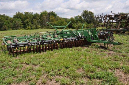 JD 726 36' soil finisher