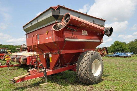 Ficklin CA15000 750 bushel grain cart